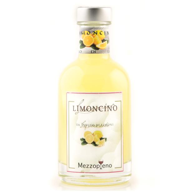 Limoncino - Infuso di limoni 0.50 cl. 32° disponibile anche nel formato 0.20 cl.